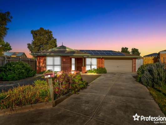 2 Biscay Court, Melton West, VIC, 3337