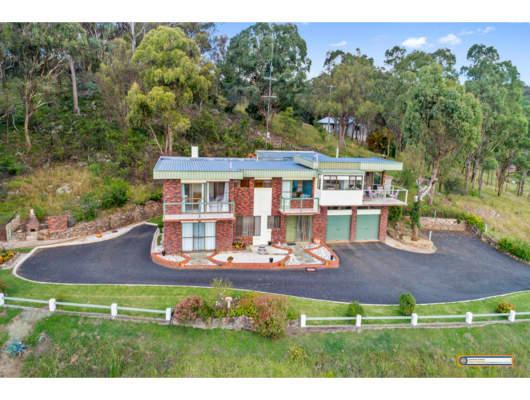 74 Harry McRae Road, Armidale, NSW, 2350