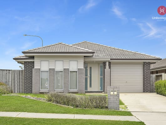 2 William Buckley Drive, Carnes Hill, NSW, 2171
