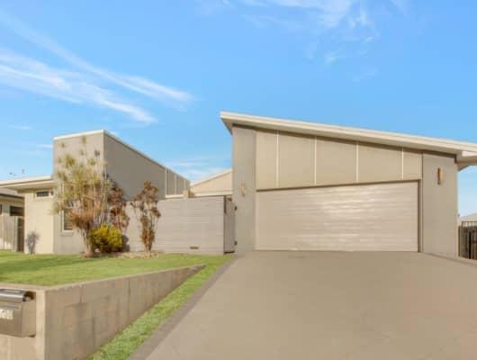 100 Penda Ave, New Auckland, QLD, 4680