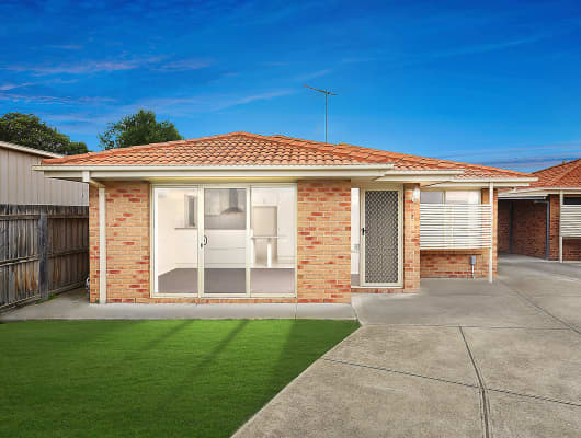 2/2 Glover St, Newcomb, VIC, 3219