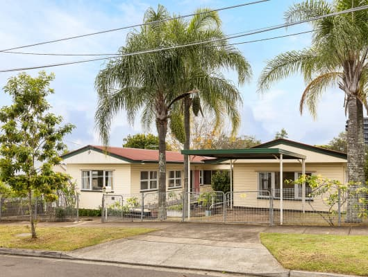 27 Beaconsfield Street, Highgate Hill, QLD, 4101