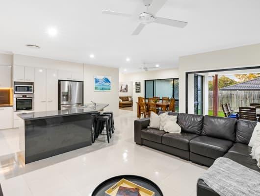 4 Wattle Crescent, Moggill, QLD, 4070