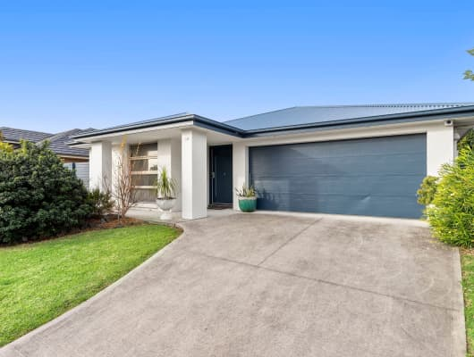 28 Red Hill Parade, Tomakin, NSW, 2537