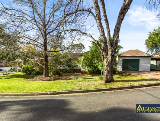 11 Browning Street, East Hills, NSW, 2213