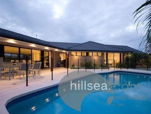 4 Wewak Avenue, Runaway Bay, QLD, 4216