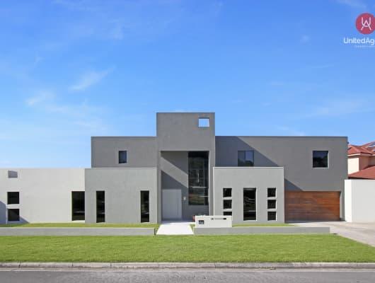 26 Feodore Drive, Cecil Hills, NSW, 2171