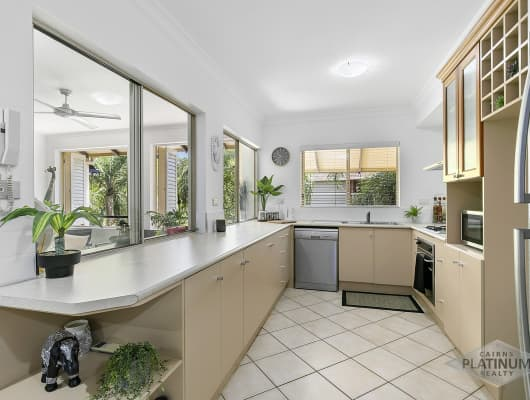 916/2 Greenslopes Street, Cairns North, QLD, 4870