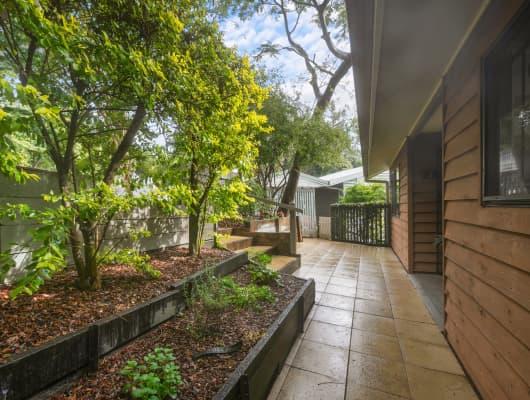 13 Blackstone Street, Indooroopilly, QLD, 4068