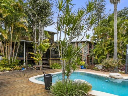 21 Johnstone Rd, Southside, QLD, 4570