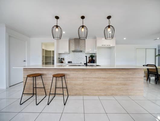 30 Gordon Avenue, Pacific Heights, QLD, 4703