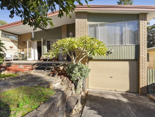 18 Pleasurelea Drive, Sunshine Bay, NSW, 2536