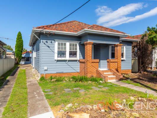 11 Scholey Street, Mayfield, NSW, 2304