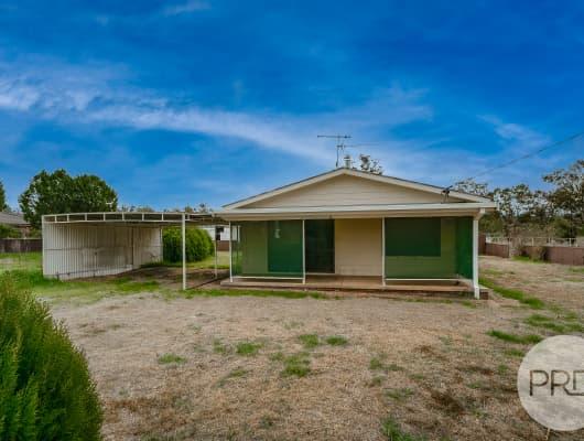 4 Centenary Drive, Marrar, NSW, 2652