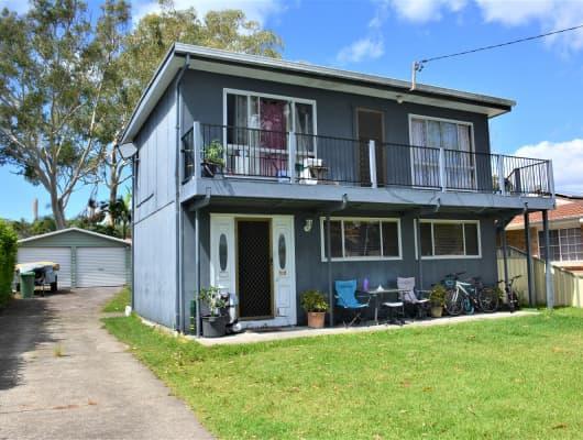 15 Spencer Rd, Mannering Park, NSW, 2259