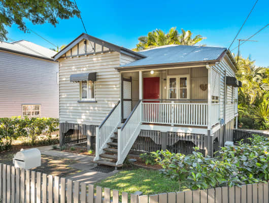 26 Myrtle Street, Grange, QLD, 4051