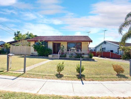 28 Hemingway Cres, Fairfield, NSW, 2165