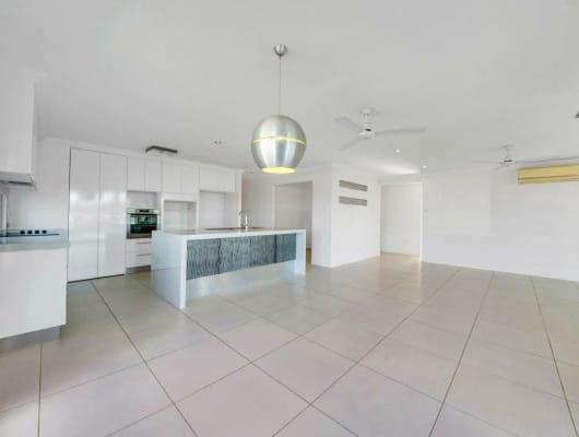 26 Woodland Ct, Kirkwood, QLD, 4680