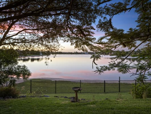 31 Kingfisher Crescent, Burleigh Waters, QLD, 4220