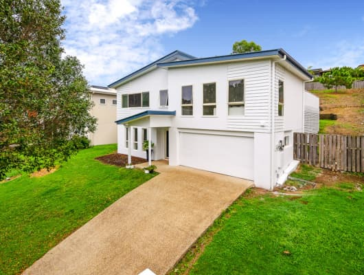 19 Elkins St, Pacific Pines, QLD, 4211