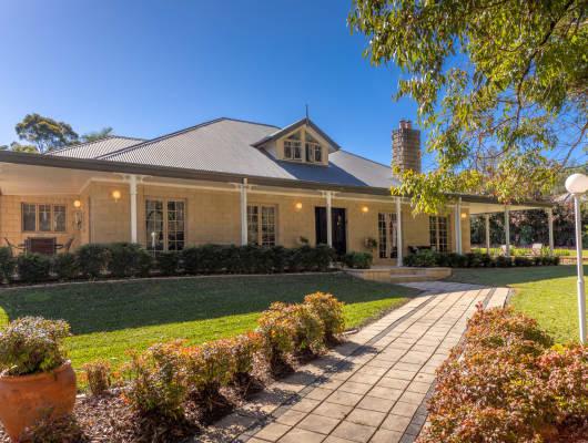 38 Fenton Drive, King Creek, NSW, 2446