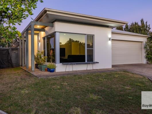 4 Ellabay Crescent, Redland Bay, QLD, 4165