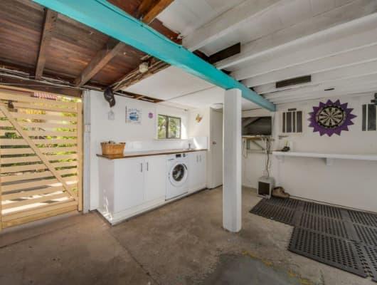 2 Burrows St, West Gladstone, QLD, 4680