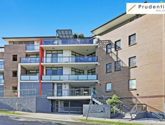 1/12 Parkside Cres, Campbelltown, NSW, 2560