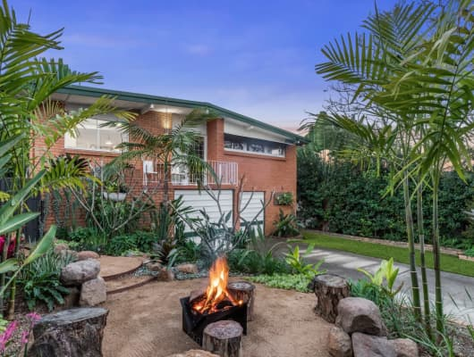 17 Doulton Street, Stafford Heights, QLD, 4053