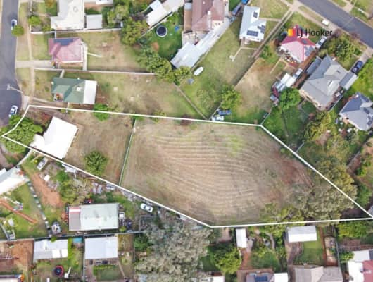 25 Phillip Ave, Mount Austin, NSW, 2650