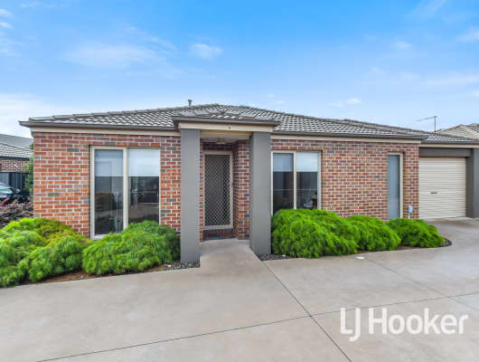 4 Nikolia Place, Clyde North, VIC, 3978