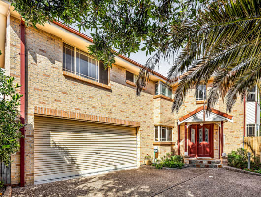 2/64 Gilmore Street, West Wollongong, NSW, 2500