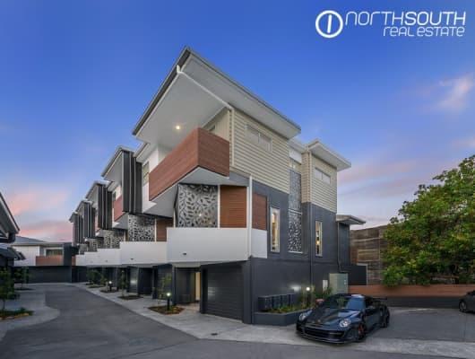 25 Robertson Avenue, Greenslopes, QLD, 4120