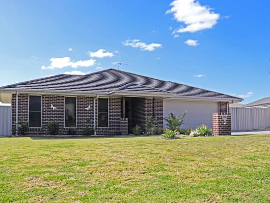 2 Derby Dr, Rosenthal Heights, QLD, 4370