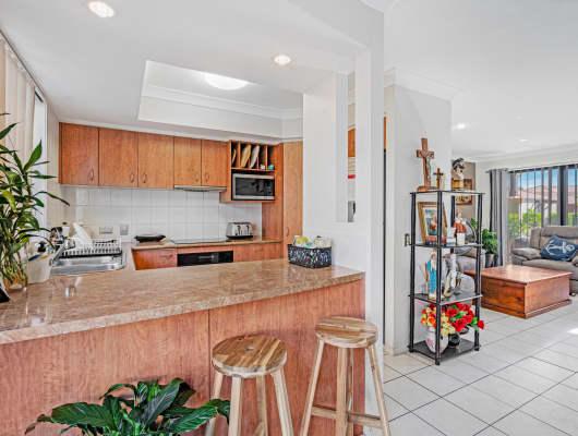 60/302 Christine Avenue, Varsity Lakes, QLD, 4227